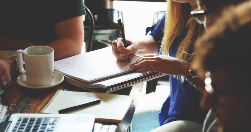 3 metode de a iti fideliza clientii si a crea o baza de fani pentru afacerea ta